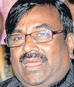 BJP will only induct good leaders from Congress, says Sudhir Mungantiwar